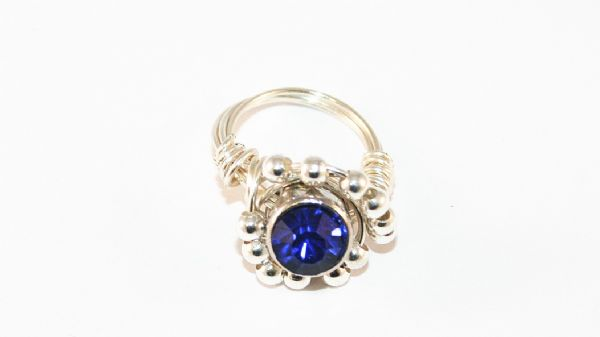 Learn how to make a wire wrap ring in 6 minutes without a ring mandrel